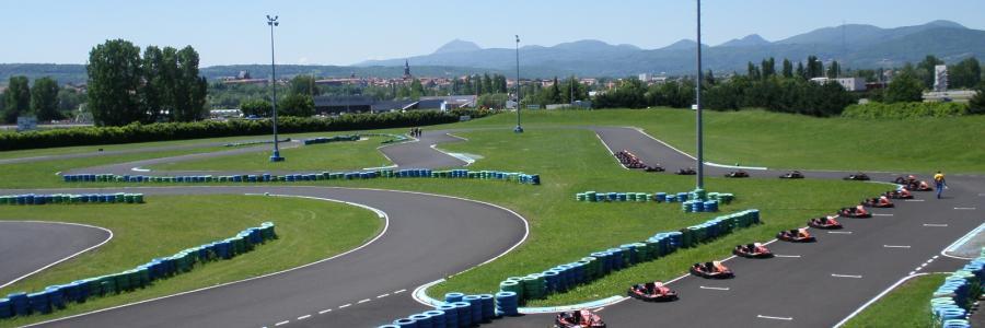 Circuit Sarron, piste de karting en auvergne proche Clermont Ferrand   Sarron Circuit